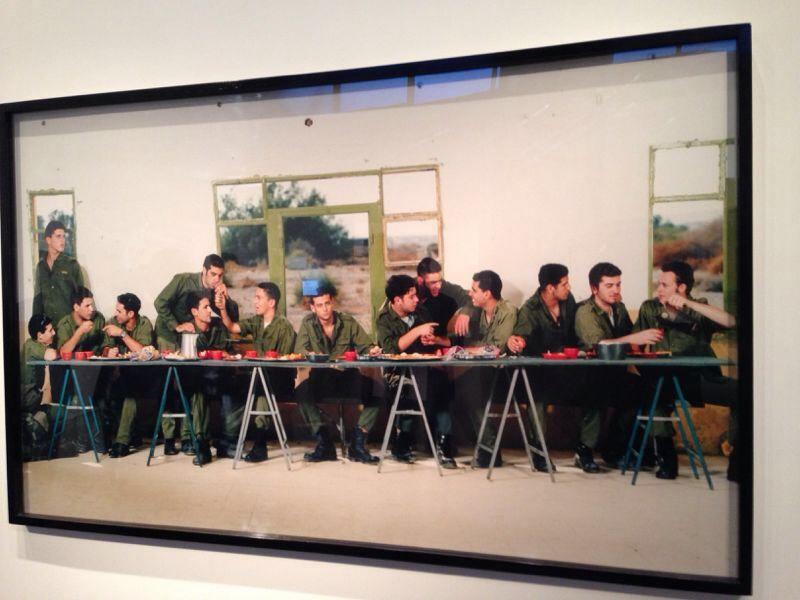 L'ultima cena, fotografia di Adi Nes