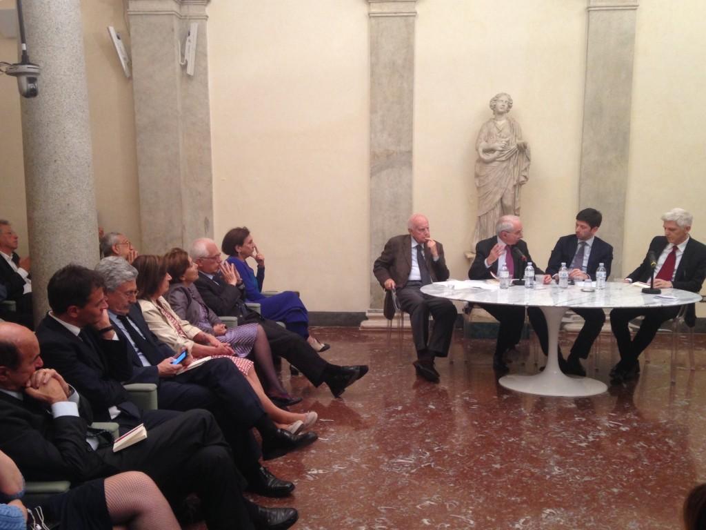 Questo post raccoglie l'intervento che ho pronunciato in occasione dei 90 anni di Alfredo Reichlin presso l'Istituto della Enciclopedia Italiana, il 26 maggio 2015